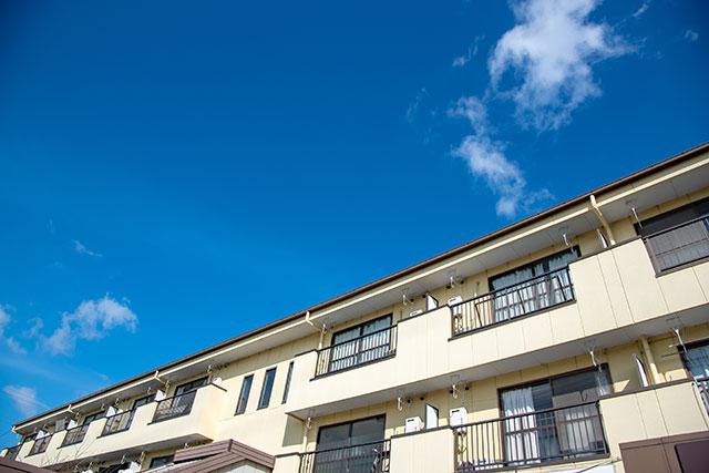 親から相続したマンションの建て替えを考慮し家族信託を利用
